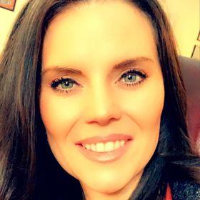 Healing Touch Essentials, Amber Davies