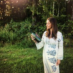 Sam Palmer = Modern Day Hippie Mama    Mommy of 4     Writer lady    Coffee drinker