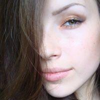 Anna Molodova
