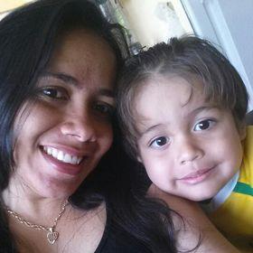 Eliana Oliveira