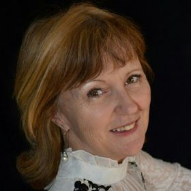 Lucia Havrilla Hewitt