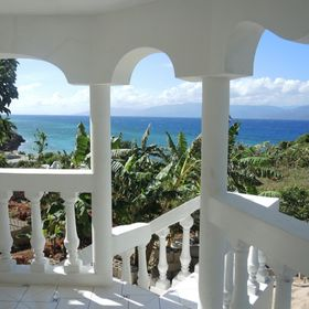 Haiti Private Surf House