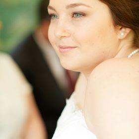 Stefanie Clotz