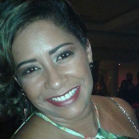 Nubia Adriana Damasceno Martins Silva Silva