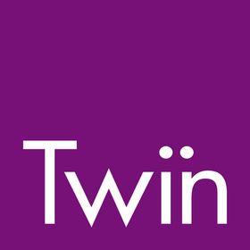 Twin English
