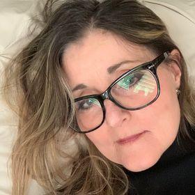 Deborah Barr