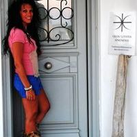 Zoi Santorini