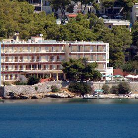 Golden View Beach Hotel