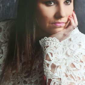 Lúcia Toniolo