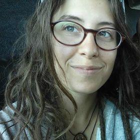 Léanie Vallée
