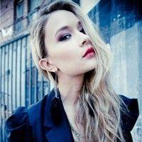 Claire White ♥