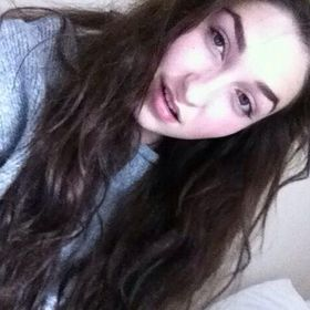 Holly Bennett