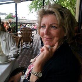 Caroline Hoyne