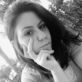 Juliana Benzal