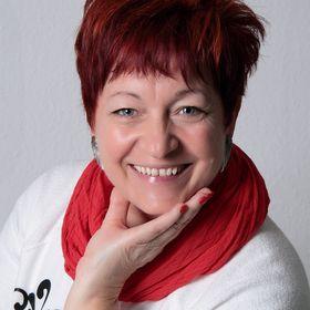 Mónika Szita