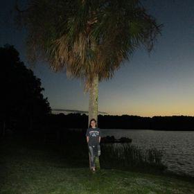 Alyssa💚 Sprouse instagram Profile Picture