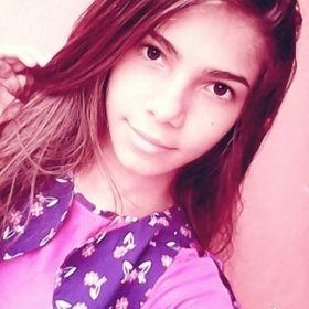 Bya Araujo123