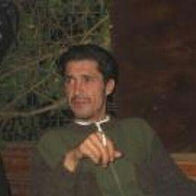 Muzaffer Aran