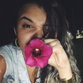 Camila Fábia