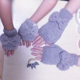 Knitting Pompon