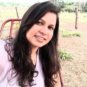Fernanda Cardoso .