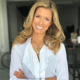 Theresa L Christensen