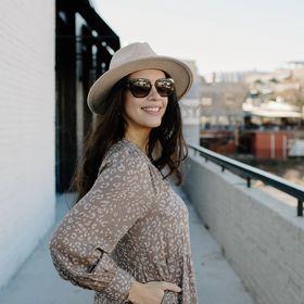 Stile By Mariana Everyday Effortless Fashion Style Tips Bymarianabunn Profile Pinterest