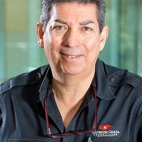 Sylvester Garza Productions-Commercial Photographer