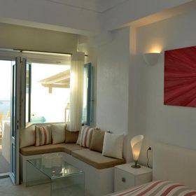 Best Caldera view hotels in Santorini