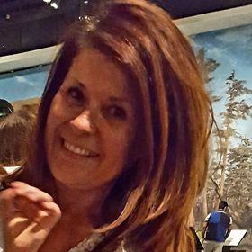 Sandra Davenport