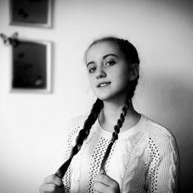 Дарья Толстихина