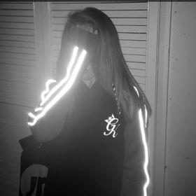 Lucyy Pennington👅
