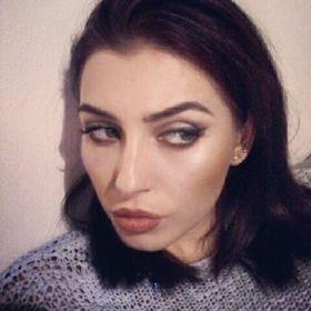 Yasmin Mandelli