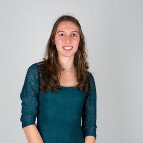 Tanja van der Heide