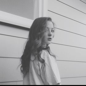 Jess Tibbs 🌙