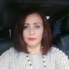 Rosalinda Villazana