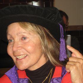 Dr. Christina Nellist