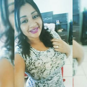 Nadia Barbosa dos Santos