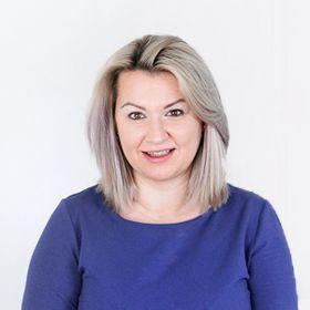Axela Rinoa   Business, Brand & Marketing Strategy + Money Making Tips