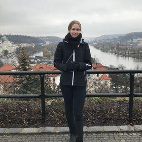 Enikő Bécsi