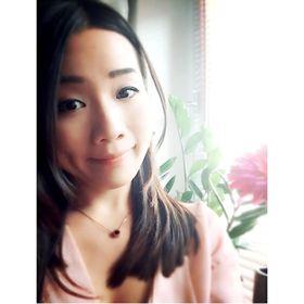 Debbie Lau