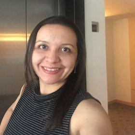 Cláudia Salgado