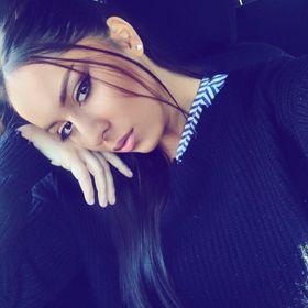 Iulia Bernad