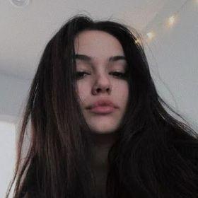 Letícia Trindade
