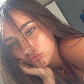 Bella Anastovski