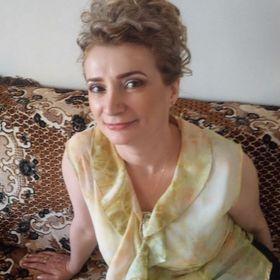 Mariana Cardos