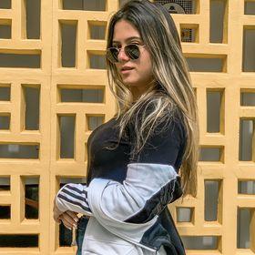 Letícia Sales