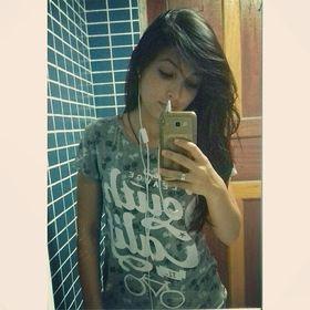 Nayra Queiroz