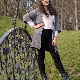 Andreea Izabella