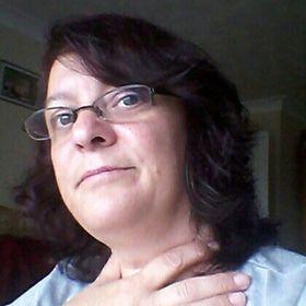 Jeannette Adams